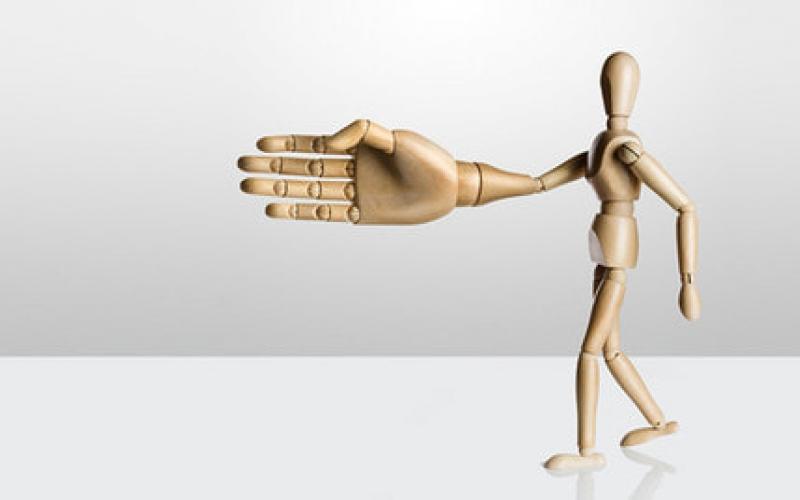 Профессиональный этикет в продажах или почему клиенту со своим менеджером лучше дружить